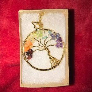 New in box tree of life necklace